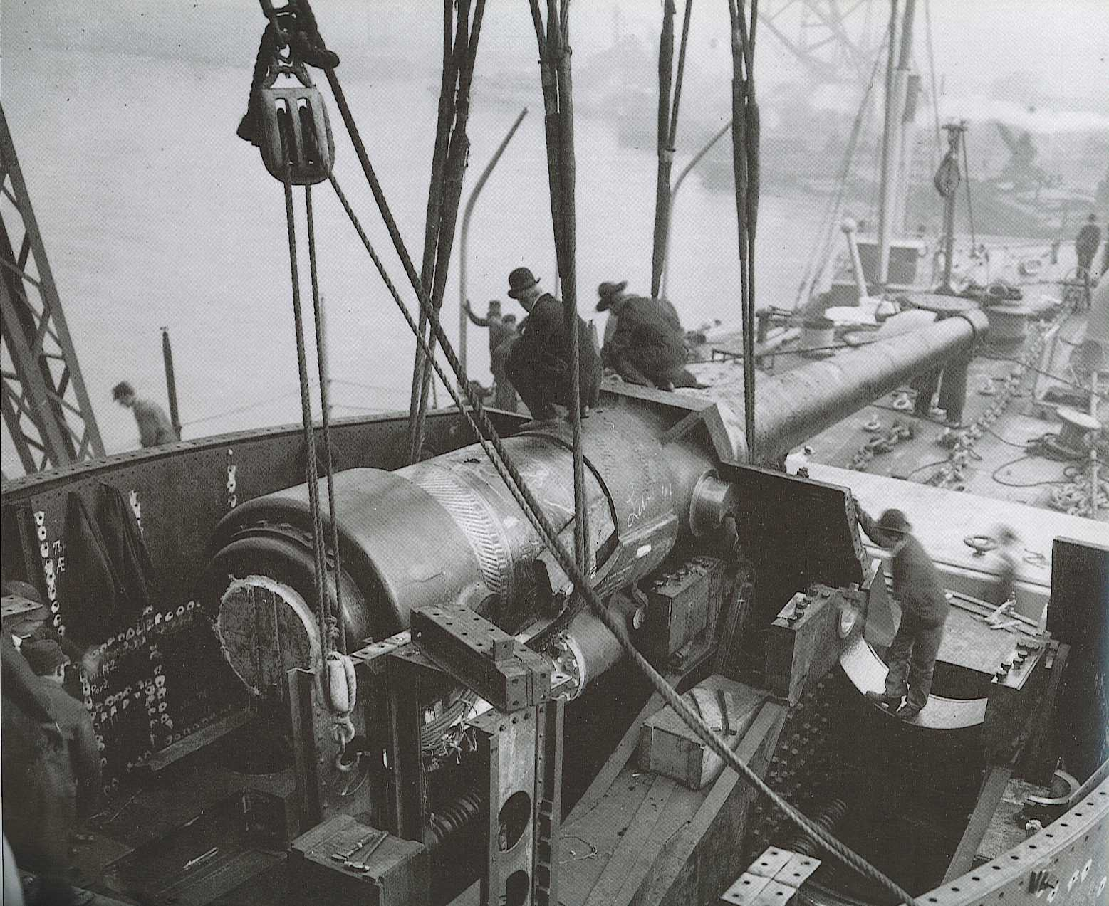 USS Connecticut B-18 getting one of her bow 12/45 (30.5 cm) guns installed