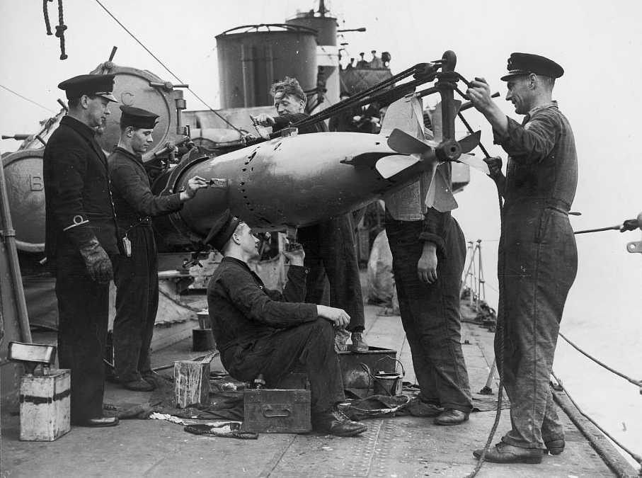 Pre World War II Torpedoes of the United Kingdom Britain NavWeaps